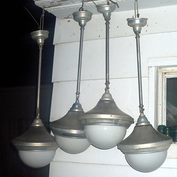 ELETRIC FICTURES FOR GAS FILLED LAMPS - Lamps