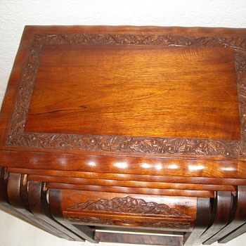 Hand carved teak Nesting table - Furniture