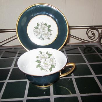 Arcadian Prestige Windsor  Vintage Pattern - China and Dinnerware