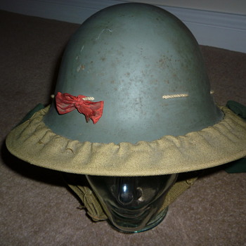Brtish WW11 Civil Defense helmet