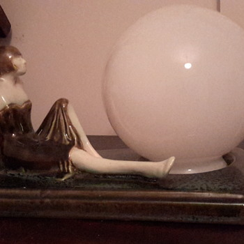 Love Art deco lady lamp
