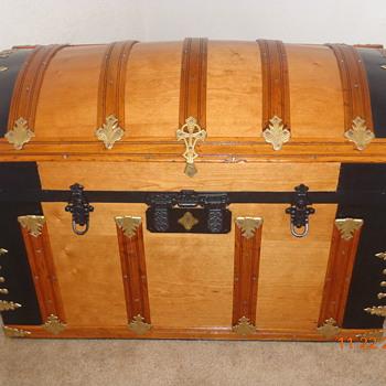 Restored/Refinished Barrel Top Trunk - Victorian Era - Furniture