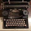 Vintage Estate Find, Portable Underwood Typewriter, Trying to  I.D. The Year by Serial Number???