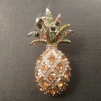 Monet pineapple brooch  - Costume Jewelry