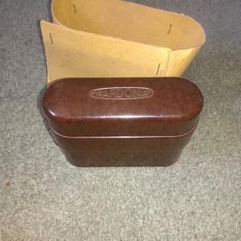 Wardonia of Sheffield, England, UK Bakelite safety razor kit, vintage era complete