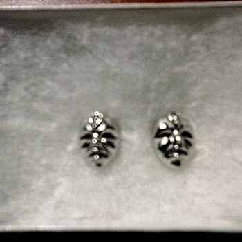 "18K White Gold and Diamond ""Voodoo"" Mask Stud Ear Rings /Circa 20th Century - Fine Jewelry"