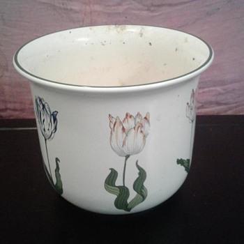 Tiffany & Co. Flower Pot - Pottery