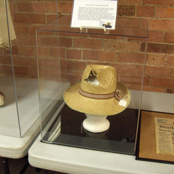 John Lennon's owned & worn hat-1980 - Music Memorabilia