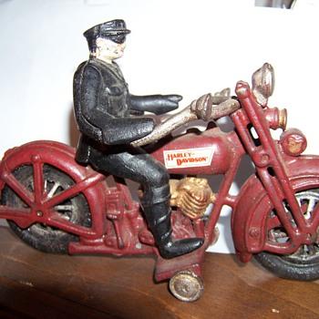 Harley-Davidson Motorcycle - Motorcycles