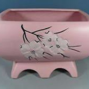 Dogwood Planters by McCoy Pottery - Pottery