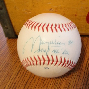 Maury Wills signed baseball!