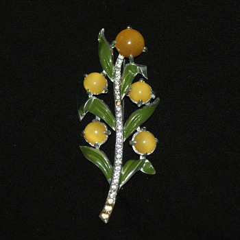 1940's Coro Brooch  - Costume Jewelry