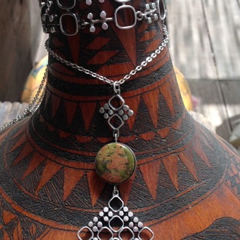 Silver Bracelet and necklace by Jorma Laine - Fine Jewelry