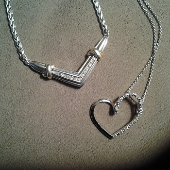 silver necklaces with diamonds