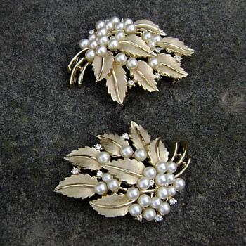 Trifari Pearl Pins - Gems of the Sea - Costume Jewelry
