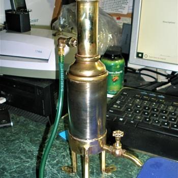 Model steam engine exhaust condenser - Toys