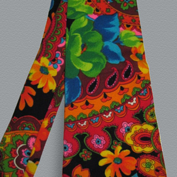 Psychedelic 1960's - early 1970's Flower Power Neck Tie - Accessories
