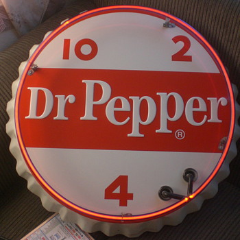 Vintage Dr Pepper Neon Sign stout sign company bottle Cap only 925 were made - Advertising