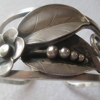 Alphonse La Paglia Sterling Silver Cuff - Silver