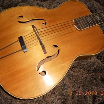 Roma  Mystery - Guitars