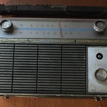 Viking radio M9TRU310 Transistor radio.