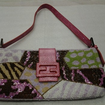 Fendi animal print beaded baguette - Accessories