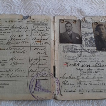 1939-40 Netherlands Passport of mixed couple with 3 children under NS occupation - Paper