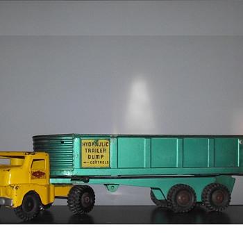 Structo Hydraulic Dump Truck/ Trailer