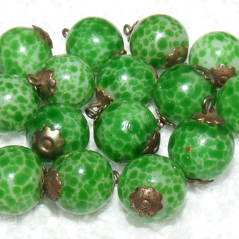 "Glass Pinshank Ball Buttons - 7/16"" - Sewing"