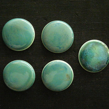 """FIVE RUSKIN POTTERY """"CABOCHONS"""""""