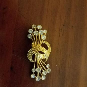 Trifari?  Brooch - Costume Vintage gold tone with Rhinestones?