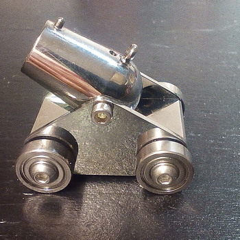 Miniature Desk Cannon - Toys