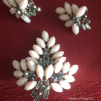 Sherman Brooch & Earring Set, Pink Milk Glass Plus  - Costume Jewelry