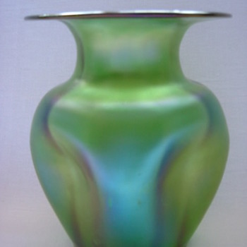 Loetz Creta Glatt Vase - Art Glass