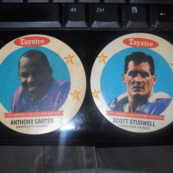 Taystee Bread Viking collector series discs