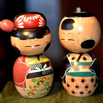 A Pair of Kokeshi Bobble Heads - Dolls