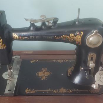 Sew Well Steinway treadle sewing machine - Sewing