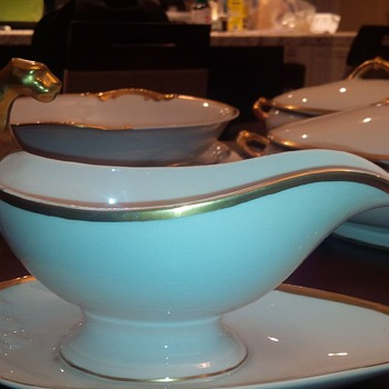 Limoges Gravy boat with panther head? - China and Dinnerware