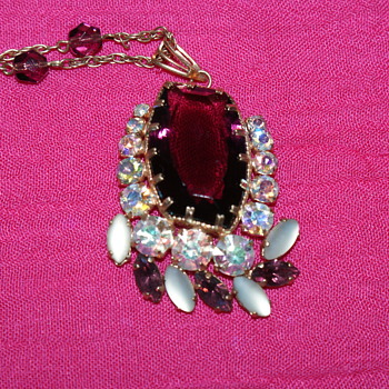 Bargain Find: Vintage Necklace with Rhinestones - Costume Jewelry