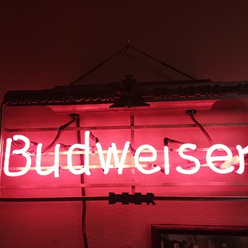 Budweiser Breweriana | Collectors Weekly