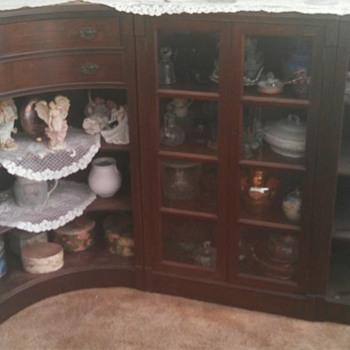 Please help me identify this vintage piece. - Furniture