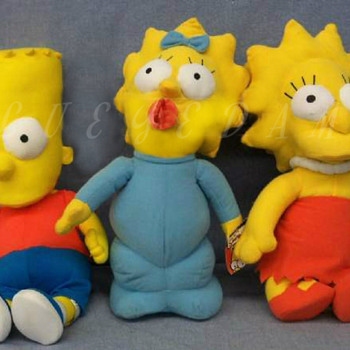 "18"" Simpson's plush dolls. Bart, Maggie & Lisa. With original packaging - Dolls"