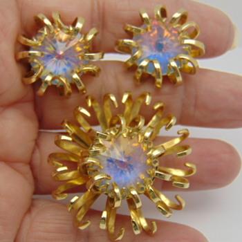 Mid-Century Opaline Rivoli Pin & Earring Set