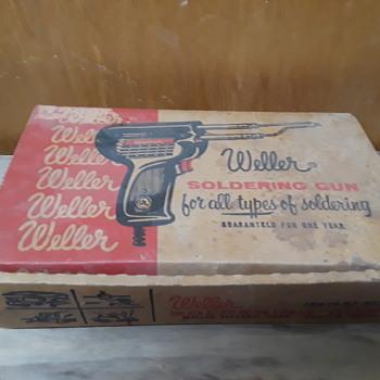 old WELLER soldering gun in original box - Electronics