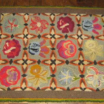 Wool latch-hook rug 1930's?