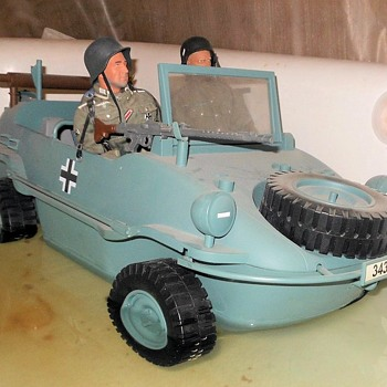 21st Century Toys/Ultimate Soldier Schwimmwagen 1/6 Scale - Classic Cars