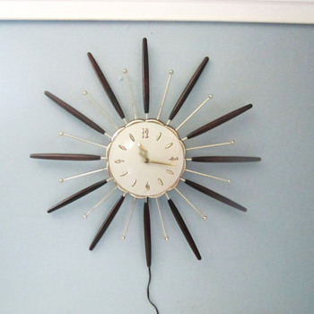 Clocks - Mid-Century Modern