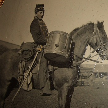 Civil War cavalry drummer tintype - Military and Wartime
