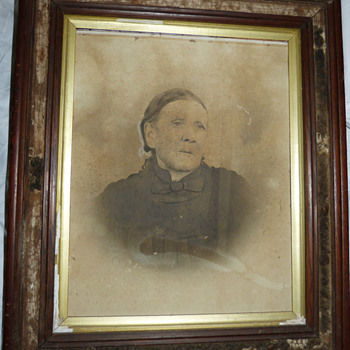 Portrait painting from early 1900's - Victorian Era