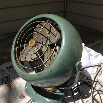 Vintage Vornado Electric Fan 16c2-1 - Tools and Hardware